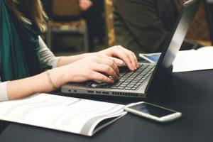 6 Cara untuk Dapat Uang dari Internet